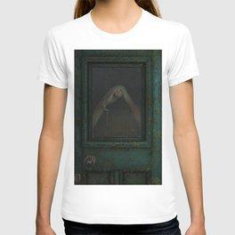 Yearning green T-shirt