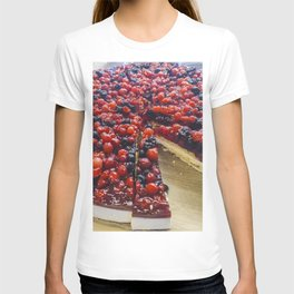Cheesecake of red fruits T-shirt