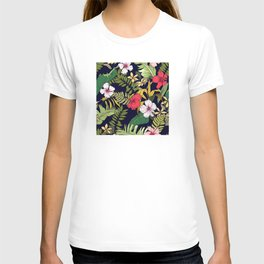 Tropical Island Oasis Floral Pattern T-shirt