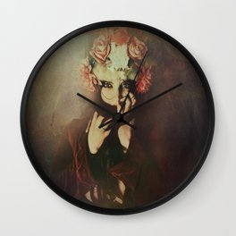 The queen of roses Wall Clock