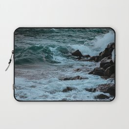 Kissing the Shore Laptop Sleeve