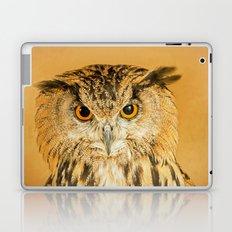 OWL RIGHT ON THE NIGHT Laptop & iPad Skin