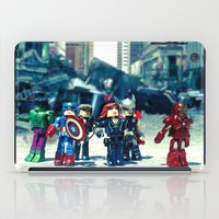 avenger iPad Cases featuring Avenger - Vengadores by Marivi Troy