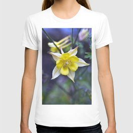 Summery breathing of flowers T-shirt