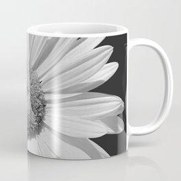 Black & White Daisy Contemporary Flower Modern Cottage A494 Coffee Mug