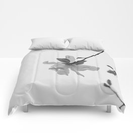 In the Moment - Magnolia in black and white Comforters