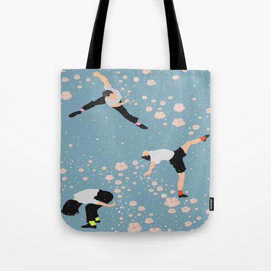 how snow falls Tote Bag