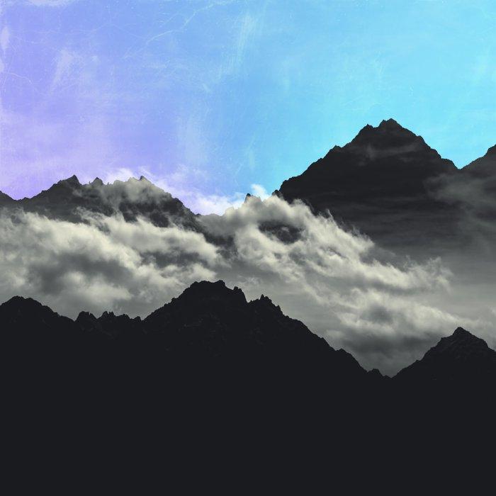 echo mountains Blue Comforters