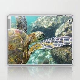 Swimming Hawaii Honu Laptop & iPad Skin