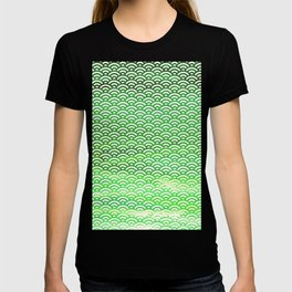 St. Patrick's Day Watercolor Seigaiha Pattern T-shirt