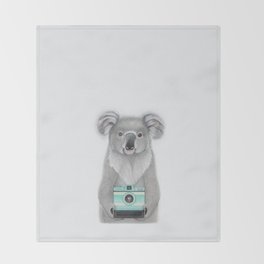 This Koala is a Tourist / Este Koala es un Turista Throw Blanket