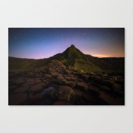 The Giants Causeway with the stars | Print (RR 269) Canvas Print