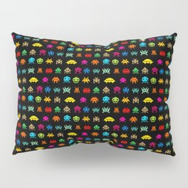 Invaders of Space retro arcade video game pattern design Pillow Sham