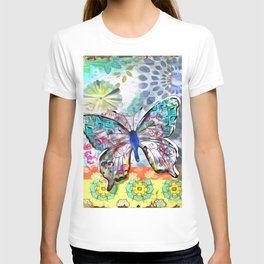 Fantasía con Mariposas T-shirt