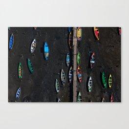Colors of a low tide Canvas Print