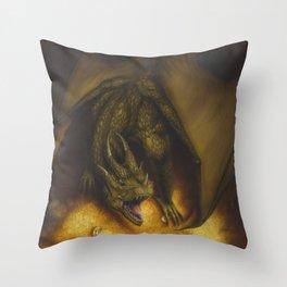 El tesoro del dragon Throw Pillow