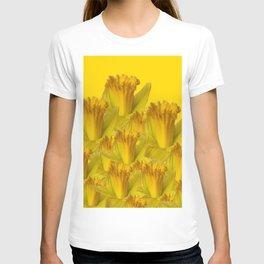 YELLOW SPRING DAFFODILS YELLOW ART T-shirt