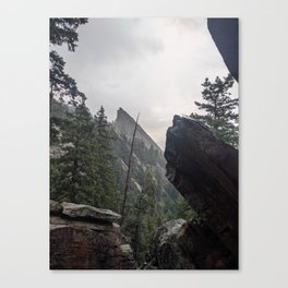 Flat Iron 1 During Rainstorm Canvas Print