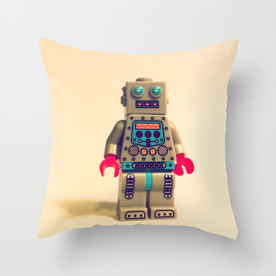 Robot 2000 Throw Pillow