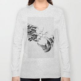 wavy kiss. Long Sleeve T-shirt