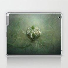 Tangled in a sea of green... Laptop & iPad Skin