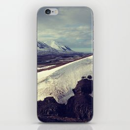 snow curves iPhone Skin