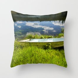placid emerald sky Throw Pillow