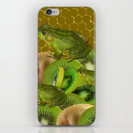 3 GREEN FROGS & KIWI FRUIT PATTERNED GREEN-GOLD ART FROM iPhone Skin