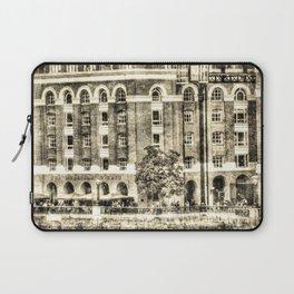 Hays Galleria London Vintage Laptop Sleeve