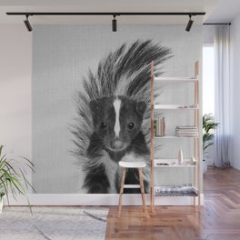 Skunk - Black & White Wall Mural