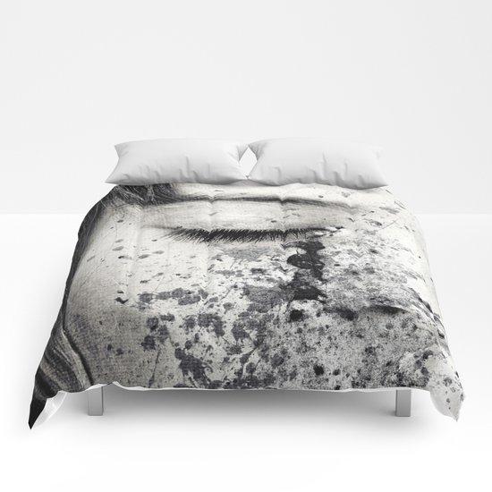 Anonymous - Ella 3 Comforters