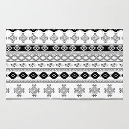 Black & White Primitive Pattern Rug
