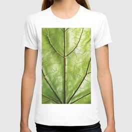 TROPICAL GREEN LEAF WITH  DARK VEINS DESIGN ART T-shirt