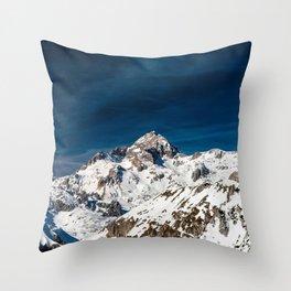Gigapixel photograph of mountain Triglav, Slovenia Throw Pillow