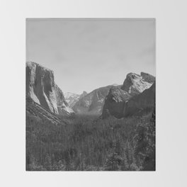 Tunnel View, Yosemite National Park III Throw Blanket