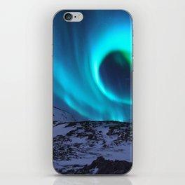 Aurora BorealiS Mountains iPhone Skin