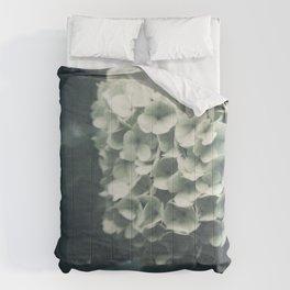 Intricate Comforters