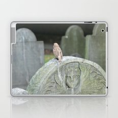 Sparrow in King's Chapel Burying Ground Boston Laptop & iPad Skin