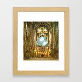 Perla en La Santa Capilla Framed Art Print