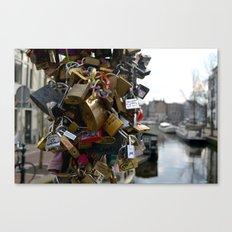 Lovers locks Canvas Print
