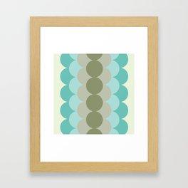 Gradual Oliva Retro Framed Art Print