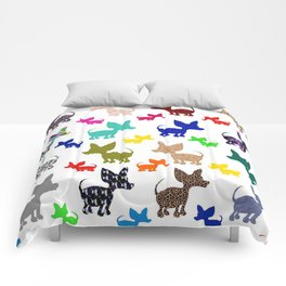 colorful chihuahuas on parade  Comforters