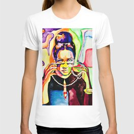 The Girl with Violet Eyes T-shirt
