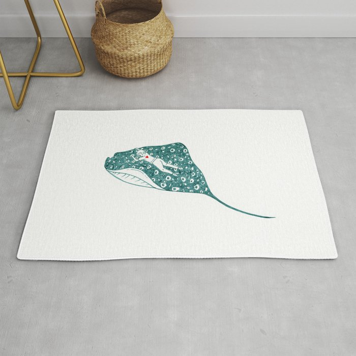 Swimming with the stingray Rug