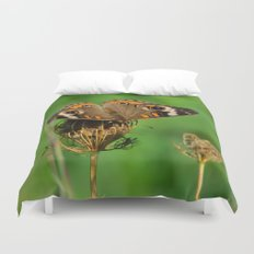 COMMON BUCKEYE BUTTERFLY IN THE FALL (Close-Up) Duvet Cover