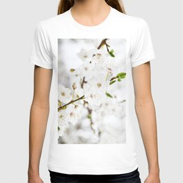 White blooming T-shirt