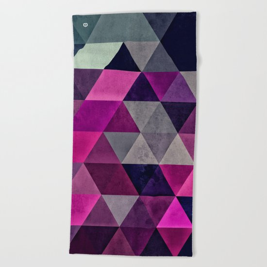 hylyoxrype Beach Towel