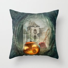Hallowen old castel Throw Pillow