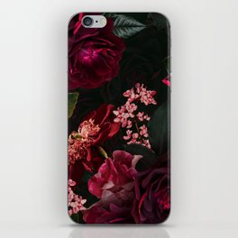 Vintage & Shabby Chic - Night Botanical Flower Roses Garden iPhone Skin