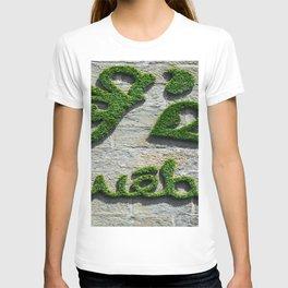 Quebec City Wall Garden Sign T-shirt